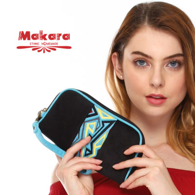 Makara Etnik Produsen Tas Dompet Wanita Indonesia MHW Handy Wallet Simple Nott on Model